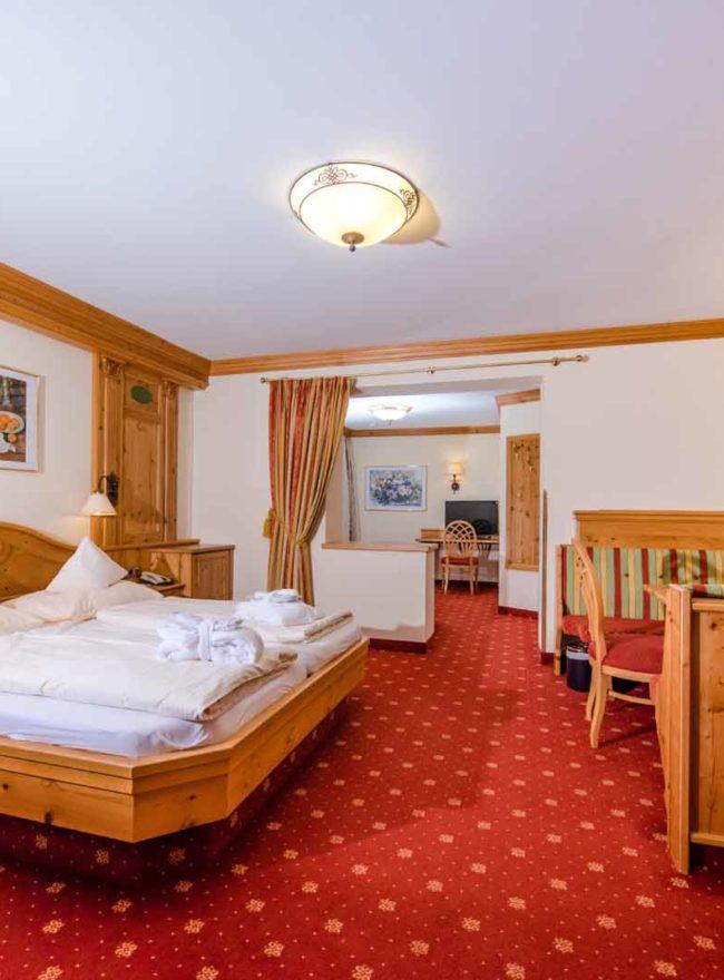Komfortzimmer de Luxe- Familienzimmer- Hotel Alpenrose- Kategorie 4