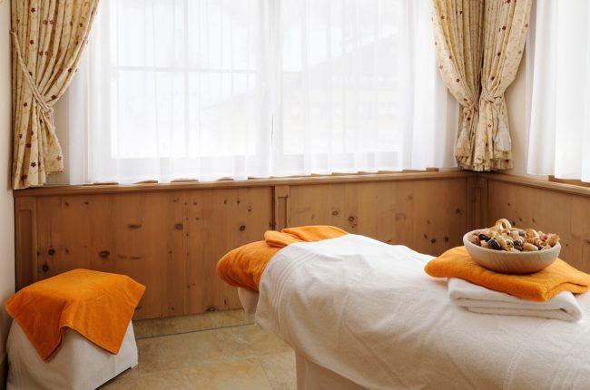 Massageraum im Hotel Alpenrose