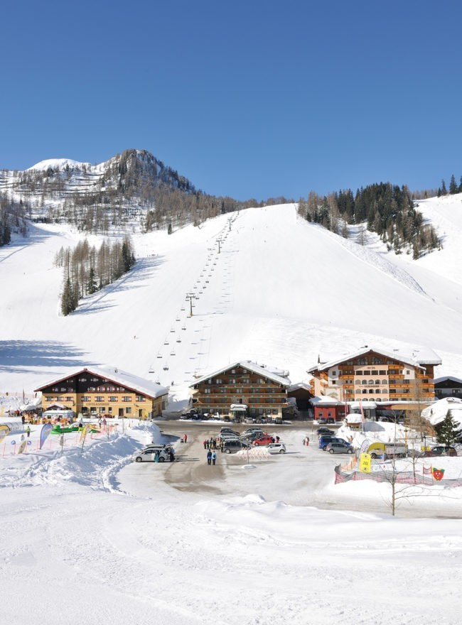 Hotel Alpenrose direkt am Skilift