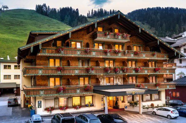 Sommerurlaub im Hotel Alpenrose